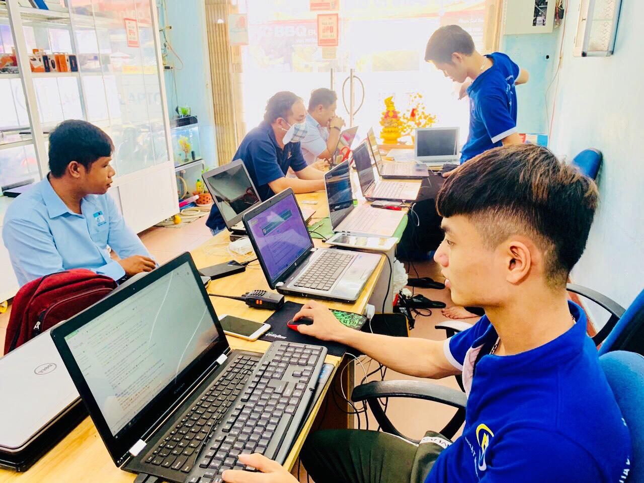 cửa hàng sửa chữa laptop tại nhà giá rẻ